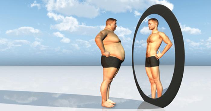 Man sees fit self in mirror